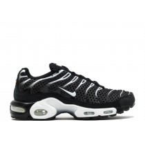 Air Max Plus Negras Sail - 898018-001