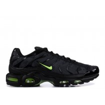 "Nike Air Max Plus ""Neon"" AJ2013-001"