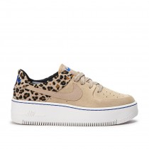 Air Force 1 Sage Low Animal Pack Mujer - BV1979-200