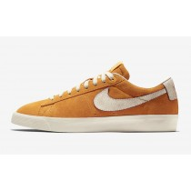 Nike SB Blazer Low Bruised Peach 716890-816