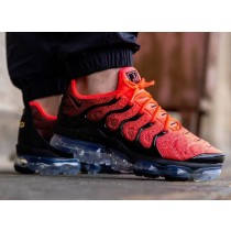 Nike Air VaporMax Plus Negras Flash Crimson CJ0642-001