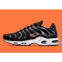 Nike Air Max Plus Negras Naranjas CD1533-001