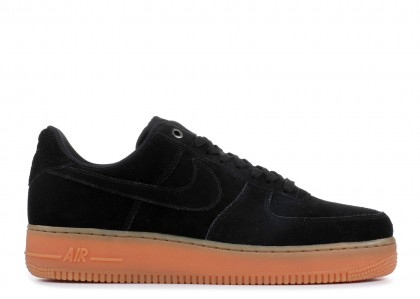 Nike Air Force 1 07 LV8 SUEDE Negras, gum AA1117-001