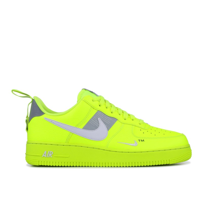 Air Force 1 Utility Volt 2 - AJ7747-700