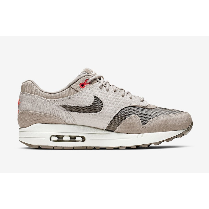 Air Max 1 Cut Out Swoosh Moon Particle - 875844-205
